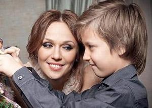 альбина джанабаева и её дети фото